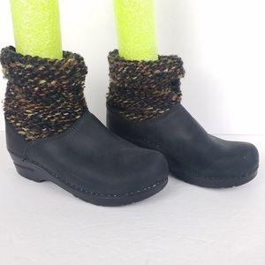 Dansko Sweater Clog Boots Black Leather 37 6.5-7